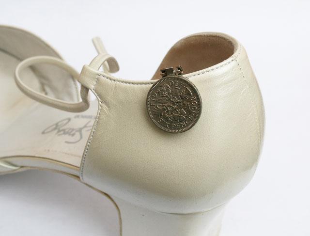 sixpence aan je schoen, origineel idee voor de bruid