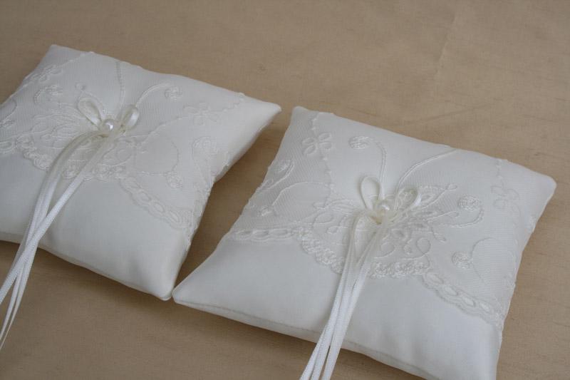 Ringkussentjes voor bruiloft, ivoor voor 2 kinderen