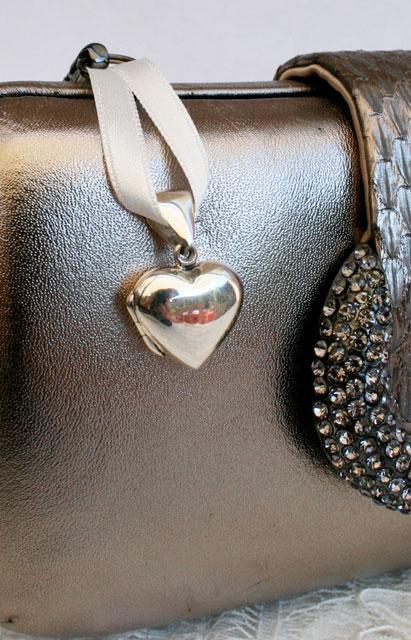 Medallion zilver hart offwhite