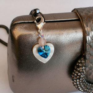 cadeautje voor de bruid hart parelmoer something blue