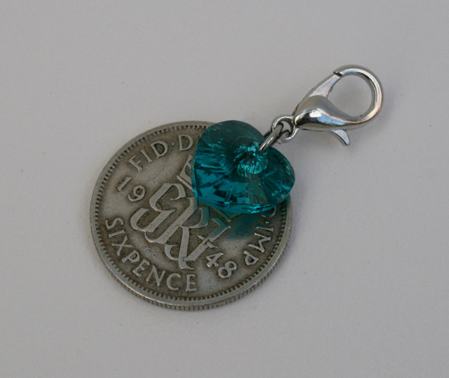 Sixpence and Swarovski hart