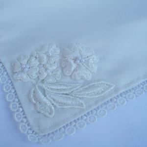bruidszakdoekje in de kleur offwhite, uniek handgemaakt en met something old