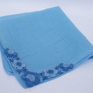 Vintage blauw bruidszakdoekje Something Blue, gelukscadeautje voor de bruid