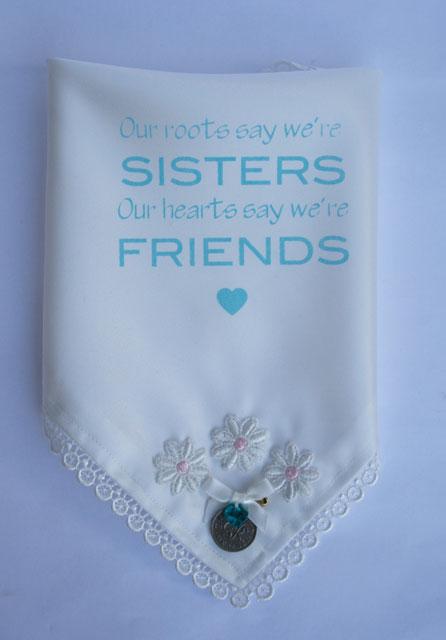 Zakdoekje mét pin your sixpence voor je zus hip