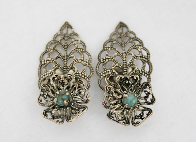 Vintage oorbellen met turkoois