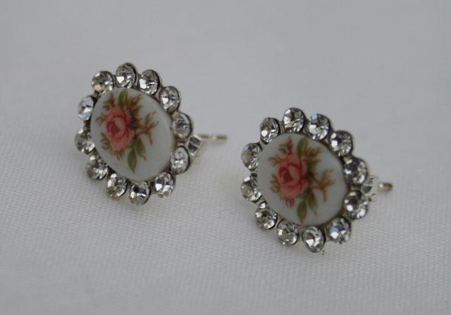 Zilveren porseleinen oorbellen jaren verkocht