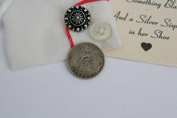 silver sixpence voor de bruid, zilver geluksmuntje voor in de schoen
