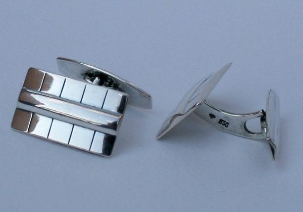 manchetknopen uit de art deco periode, jaren 40. in goede vintage staat.