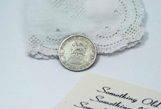 silver sixpence 1926, cadeautje voor de bruid, geluksmuntje