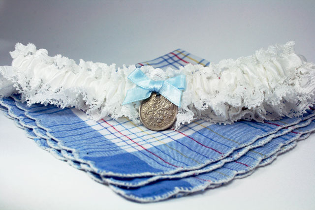 kousenband met sixpence
