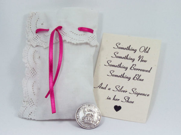 silver sixpence uit 1926, leuk cadeautje voor de bruid, a sixpence in your shoe