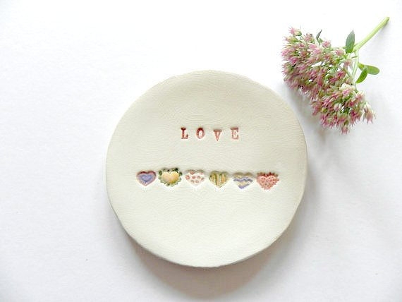 Ceraminic Love ringenschoteltje