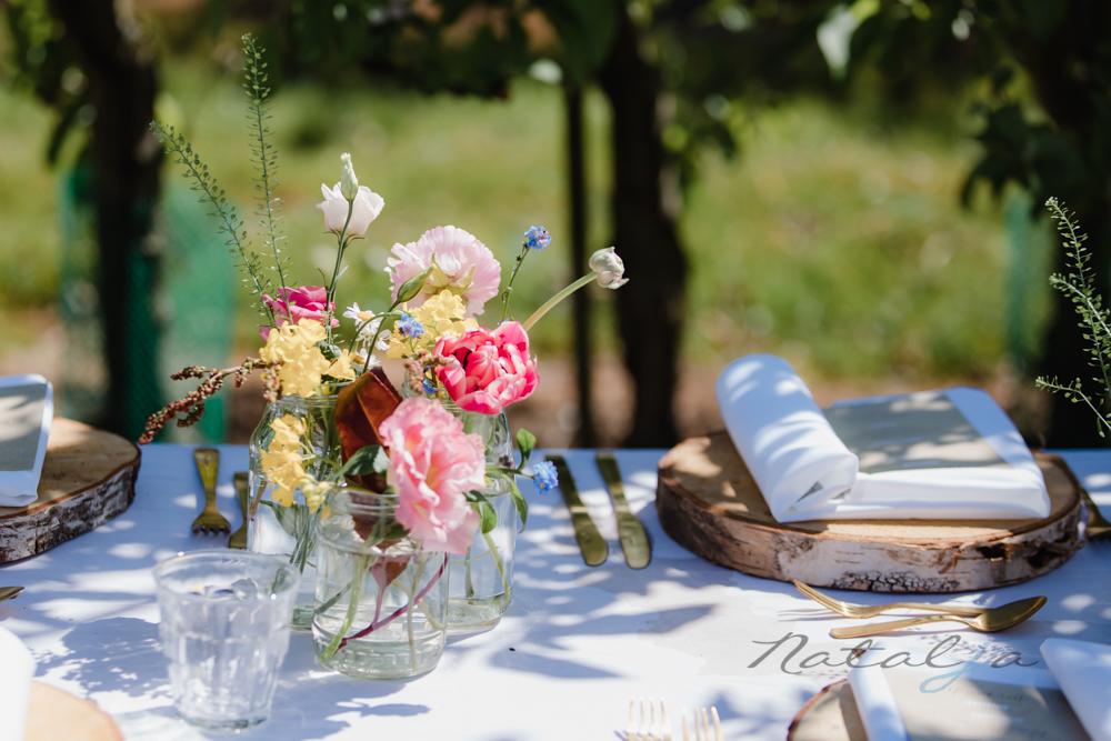 Openlucht bruiloft - zo dek je de tafel