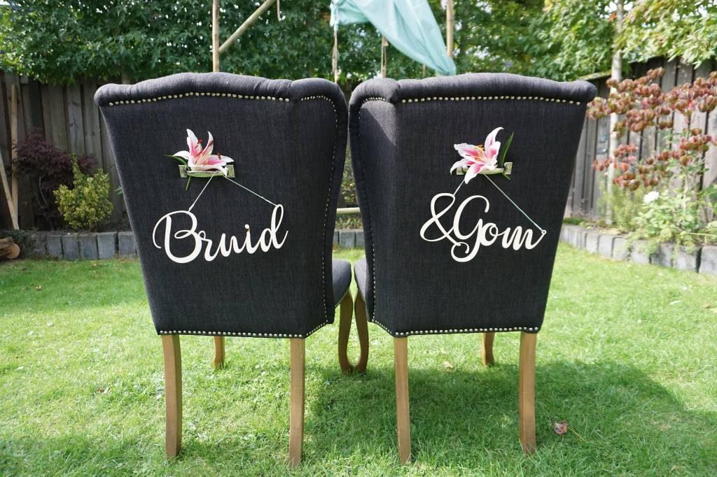 Houten teksthangers bruid & gom