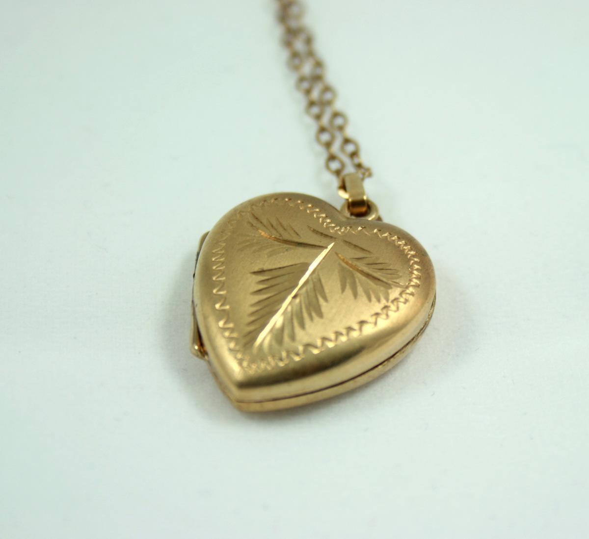 schattig goedkoop meerdere kleuren sportschoenen Hartvormig medaillon - rolled gold