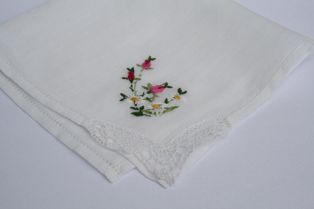 vintage zakdoekje voor de bruid