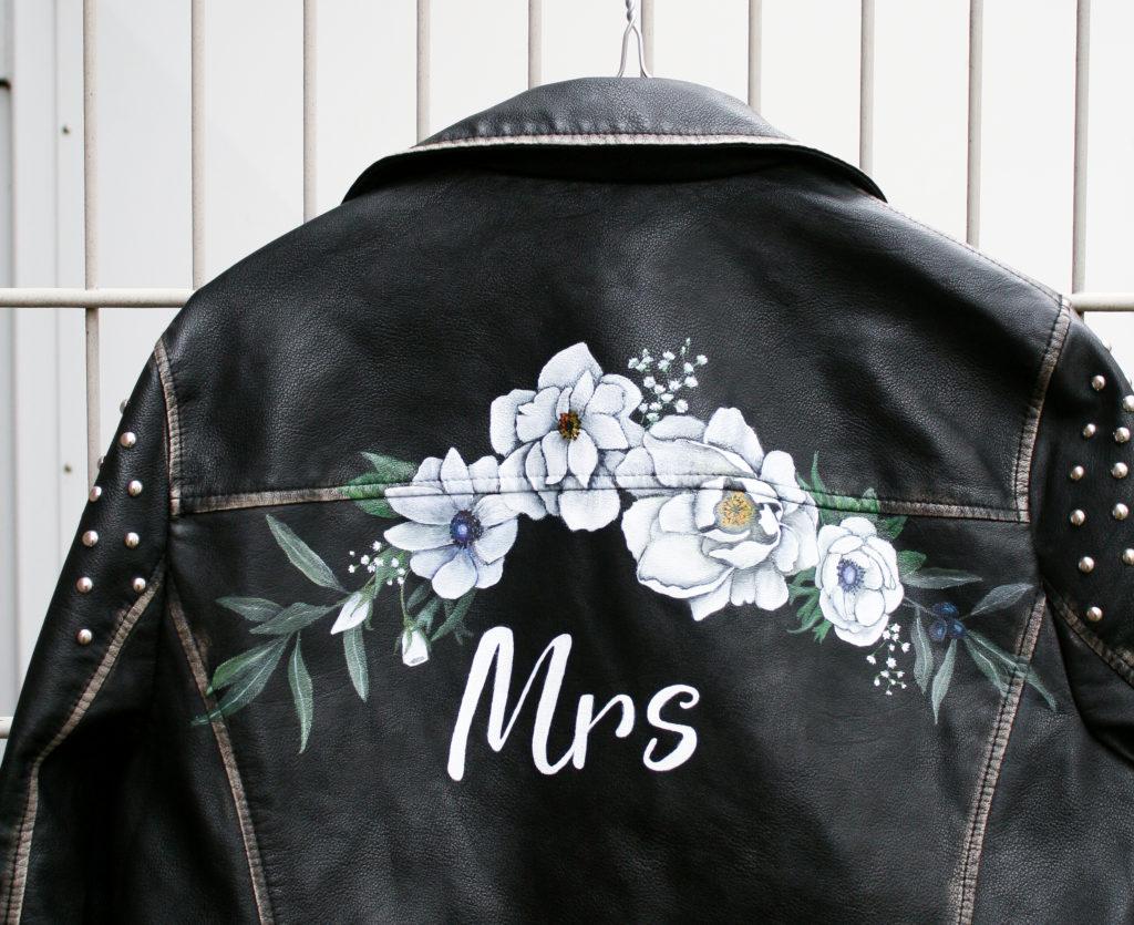 leren jasje voor over je trouwjurk