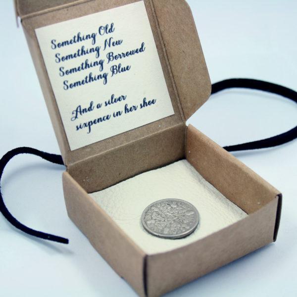 silver sixpence kopen