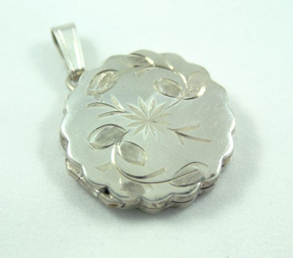 zilveren medaillon bloem