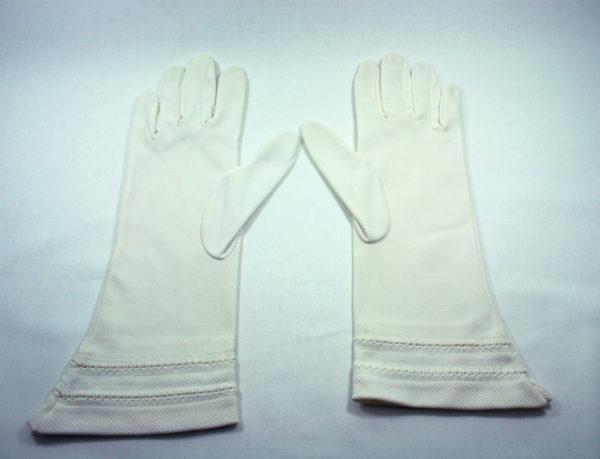 vintage offwhite handschoenen voor de bruid