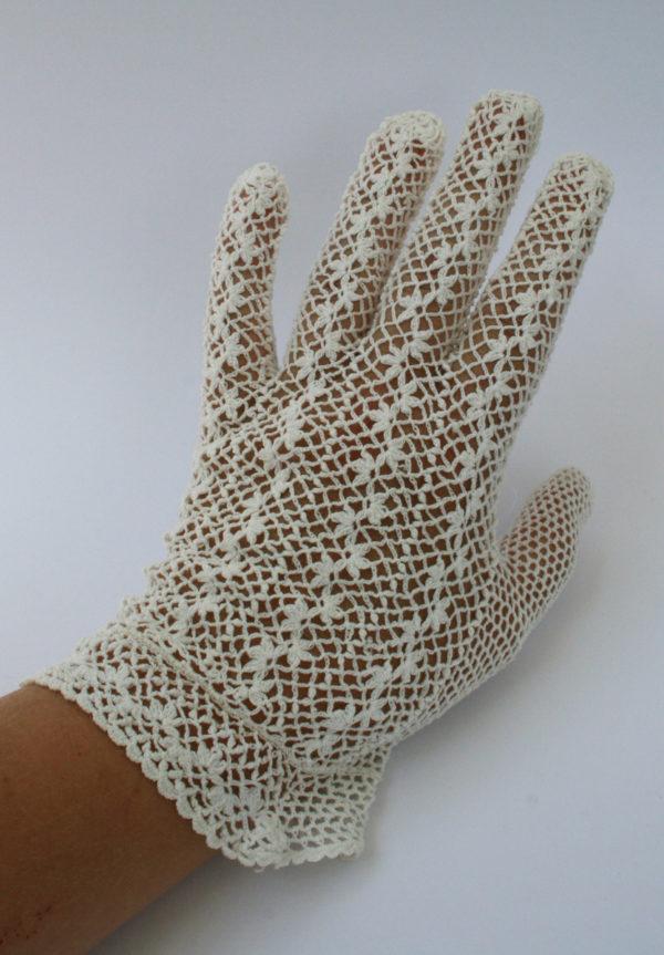 gehaakte handschoenen voor de bruid