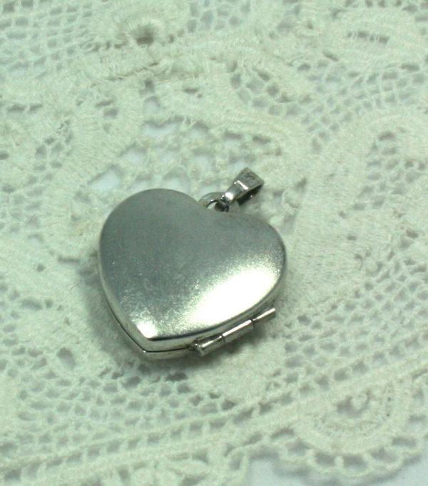 vintage medaillon hart