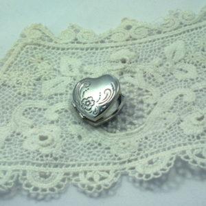 Medaillon hart - vintage zilver