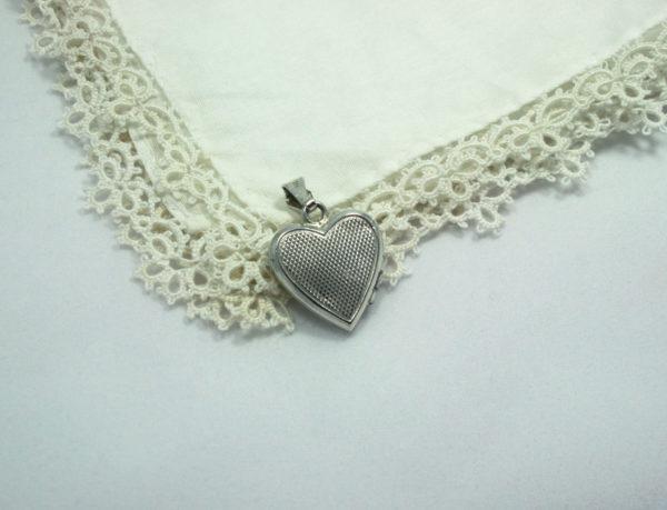 vintage zilver medaillon in hartvorm