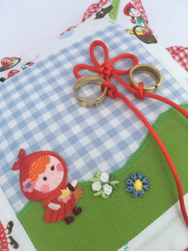 Little red rinding hood ring pillow