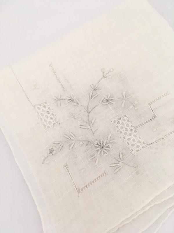 vintage zakdoek voor de bruid