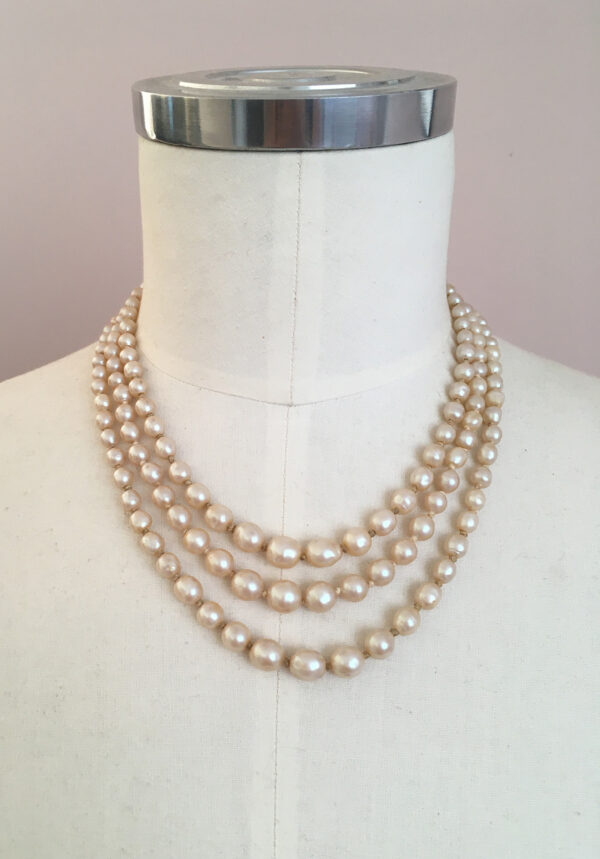 3 strand vintage pearl necklace with blue clasp