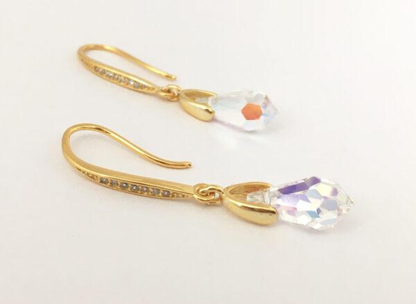 Kristallen oorbellen voor de bruid