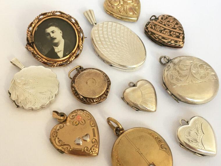Vintage medaillons voor de bruid