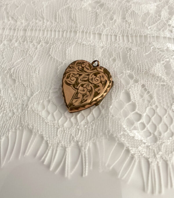 antiek medaillon als something old